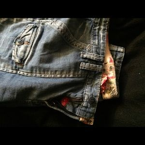 Lucky Brand Jeans - Lucky Brand Crop Jeans Size 6/28